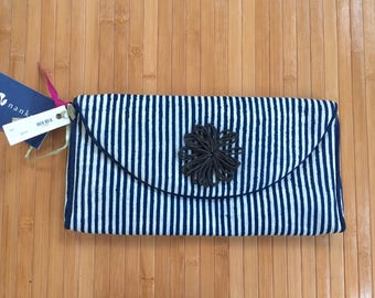 New vintage Nautical striped clutch, striped clutch, cotton clutch, beach purse, vertical striped clutch, resort clutch, nwt, vacation purse
