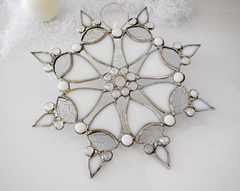 Snowflake. Holiday ornament. Suncatcher. White Snowflake, Star. Made to order