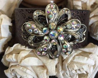 Flower bracelet cuff, cowgirl bracelet, western jewelry, cowgirl jewelry, vegan leather bracelet, bling jewelry