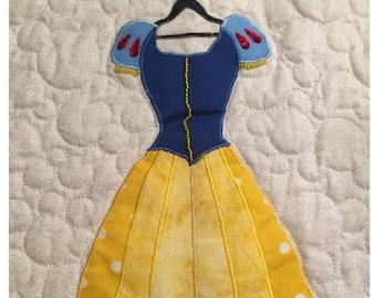 Disney Princess Snow White Dress Applique Pattern - Inspired by Disney's Snow White and the Seven Dwarfs