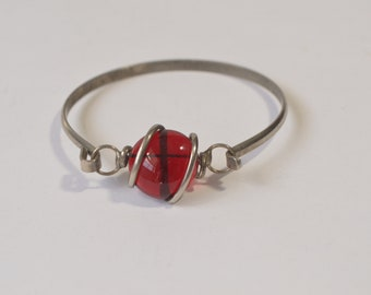 Vintage Silver Tone Red Art Glass Bangle Bracelet