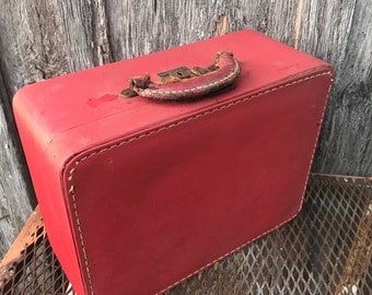 Vintage 1950's Era Reddish Brown Luce Train Case or Overnight Suitcase