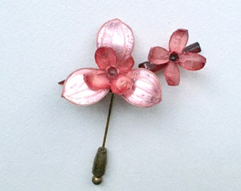 Vintage 50s Stickpin Resin Stickpin Flower Stickpin large Stickpin Ooak Stickpin hyrealistic Stickpin Gorgeous Stickpin French Jewelry