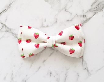 Strawberries & Cream Bow Tie