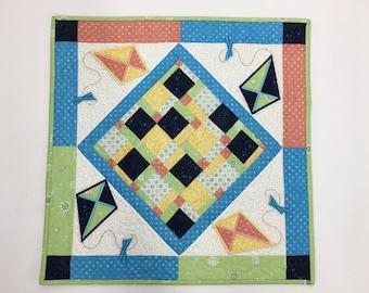 Flying Kites Table Topper Kit
