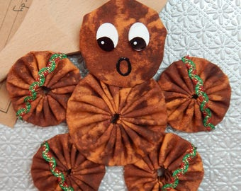 Gingerbread Yo Yo  Ornament with Red and Green Ric Rac - Gingerbread Cookie GB45/46