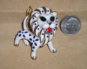 Signed Vintage Trifari White Enamel Lion Brooch Pin With Green Glass Rhinestone Eyes Big Cat Magnificent! 1960's Jewelry 3070