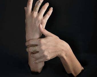 Ribs Ring