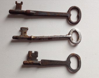 Antique Keys Rusty Vintage Skeleton Key Lot of 3 Rustic Old Industrial