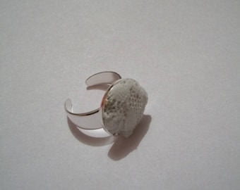 Handmade white lace ring