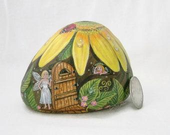 Painted rock, painted stone, fairy house, yellow daisy, daisy house, fairy door, lady bug, garden decor, painted stone house, garden snail