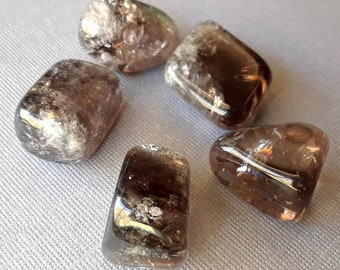 Smokey Quartz - Brown Quartz - Tumbled Quartz - Smoky Quartz - Wicca Pagan Witchcraft - Grounding Creativity Business Success