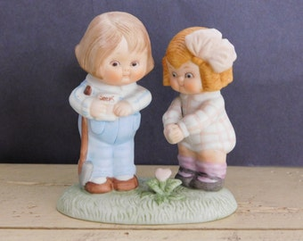 """Dolly Dingle Heart Flower Garden Couple Figurine Global Art """"You Reap What You Sow"""""""