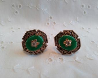 Vintage vert avec strass vis arrière boucles d'oreilles en métal doré