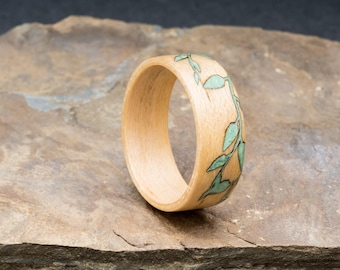 Maple bentwood ring with inlaid vine detail. For him or her, engagement, wedding, anniversary or as a gift.