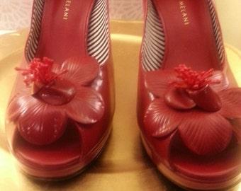 Vintage 40's Inspired Peep Toe Pumps with Flower Detail Antonio Melani...50% OFF
