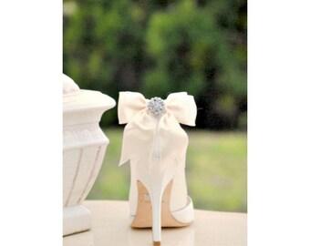 Shoe Clips Bows Ivory White Aqua Blue Fuchsia Royal Purple Red Sage Tan. Spring Wedding Bride Bridal Bridesmaid Big Day, Fun Stylish Couture