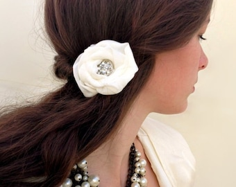 Vintage Wedding Hair Flower, Wedding Hairpiece, Vintage Bridal Hair Clip, Ivory Hair Flower Clip, Bridal Hair Piece, Chiffon Hair Flower