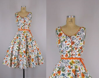 1950s Vintage Cotton Sundress  / 1950s Cotton Floral Sundress  / 50s Full Skirt Sundress with Rhinestone Buttons