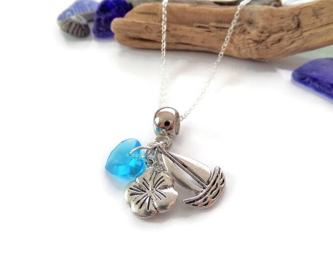 Moana necklace, moana gift, moana party, moana favors, princess party, princess favours, princess jewellery, moana jewelry, boat necklace