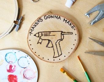 Holzscheibe mit Haken | Makers gonna make
