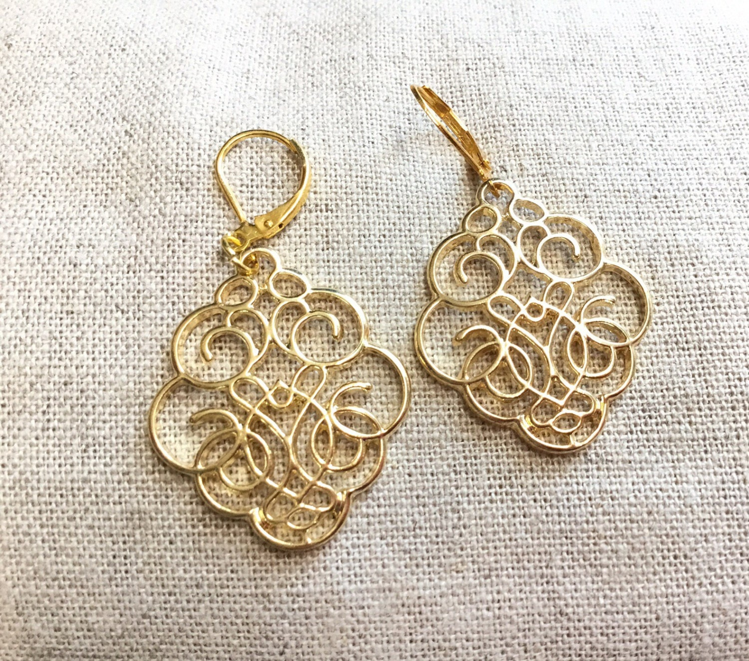 drop us filigree icing gold crystal earrings rose