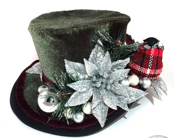 Green Velvet Christmas Mini Top Hat - Gothic Lolita, Mad Hatter, Steampunk Wedding, Victorian Wedding, Derby Facinator