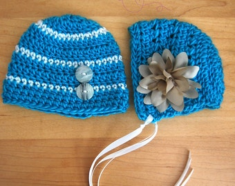 Newborn Twin Hats... Photography prop... Ready to ship... Turquoise and White