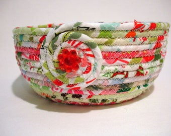 Bubble Gum Christmas Coiled Fabric Bowl, Gift