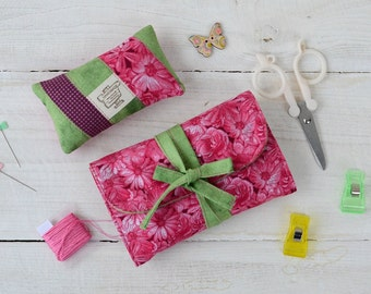 Sewing set Notions pouch Pin cushion Scissors holder Travel sewing kit Embroidery case Supply pouch Sewing roll Pincushions Pink Needlework
