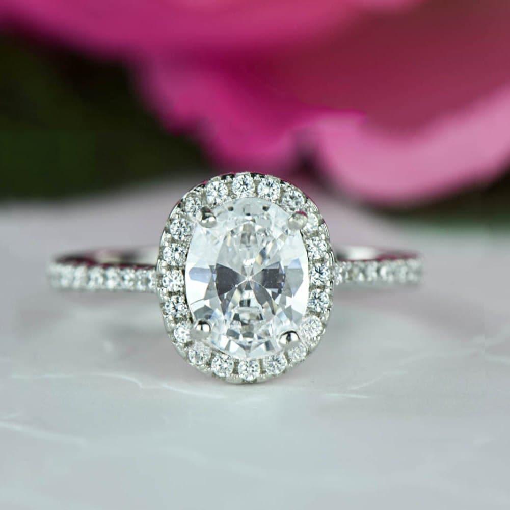 zoom - Halo Wedding Rings