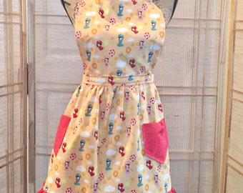 Girls apron , teen apron, plus size apron , ruffled apron