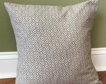 Gray geometric design pillow cover