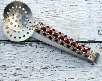 Holiday Red, White & Silver Beaded Tea Bag Squeezer TABLE SETTING, bridal, shower, birthday gift, tea lover, drinker, autumn wedding