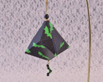 Green Bats on Black #303