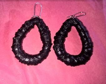 Black Teardrop Earrings -