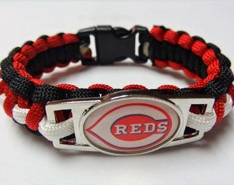 Cincinnati Reds Paracord Bracelet