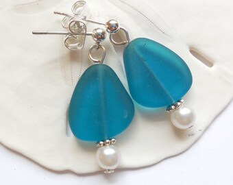 Teal Blue Sea Glass Earrings, Sea Glass Jewelry, Seaglass Earrings, Blue Beach Glass Jewelry,  Blue Beach Glass Earrings. Free U.S.Shipping