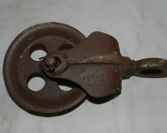 Large Cast Iron Pulley                                                                                                  6-10