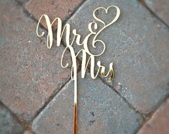 MR & MRS Wedding Cake Topper / Gold Acrylic Cake Topper/ Heart Calligraphy