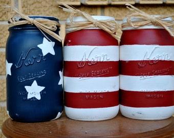 Distressed Vintage-Inspired American Flag Mason Jar Set// Country Picnic Vases// USA Pride Housewares