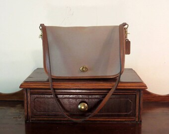 Dads Grads Sale Coach Convertible Clutch In Khaki Cotton Twill With Tabac Trim- Made In The Factory NYC- Excellent Used Condition