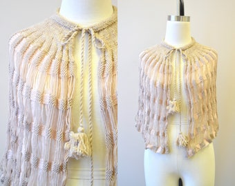 1930s Neutral Wool Knit Capelet