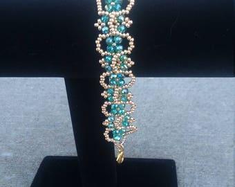 Elegant teal and gold bracelet