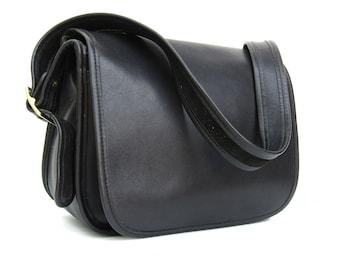 Vintage COACH Bag • Classic Saddle Bag Pouch in Black Leather •  Coach Handbag 9170 • USA