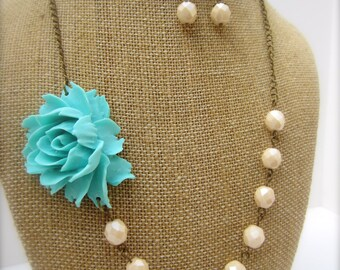 Flower Necklace Aqua Blue Necklace Aqua Jewelry Bridesmaid Necklace Rustic Wedding Jewelry