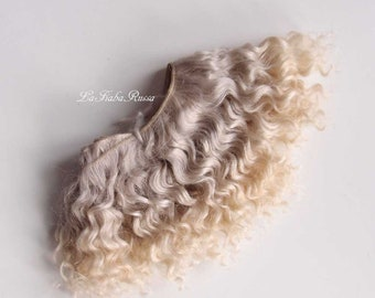 Weft doll hair hand dyed mohair gray blonde for waldorf, Blythe natural Wool Doll Hair, Blythe Doll Reroots, tress, la Fiaba russa