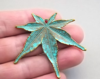 4 Green Maple Leaf Charms Japanese Maple Leaf pendant beads Antique Bronze CM1129BR