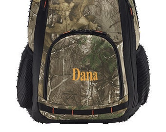 Embroidered camofluage backback | Realtree Xtra | Camo Backpack with laptop sleeve
