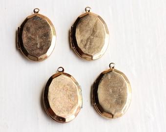Gold Oval Lockets, Small Gold Locket, Locket, Gold Locket, Oval Locket, Small Gold Lockets (4x)